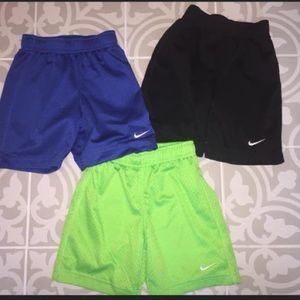Nike Boys Athletic shorts size-3t